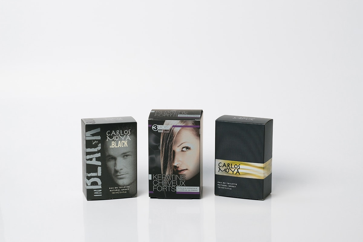 Cardboard packages for perfume and cosmetics industry