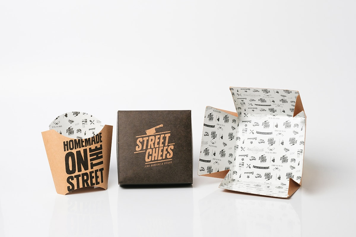 Carboard packages for the food industry